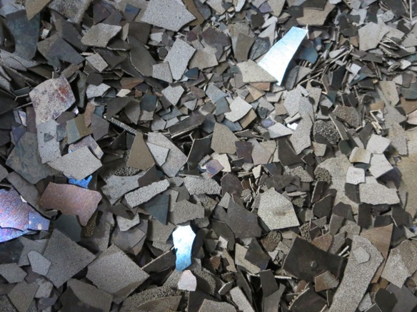 安価で安全・安心な高品質な非鉄金属を輸入して安定供給を続けるタックトレーディング。金属マグネシウム地金・金属シリコン・金属マンガン・溶射用線材(亜鉛線・亜鉛アルミ合金線)・レアアース(希土類)・アルミ添加材・タブレットのことならタックトレーディング。